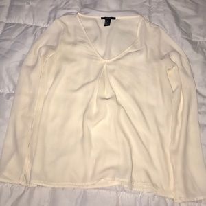 Cream colored flowy top